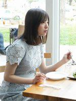 【正義のセ】吉高由里子の衣装ワンピースのブランドは?スカートも!
