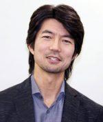 仲村トオルのカツラ疑惑って本当?今と昔の髪型を画像で比較!